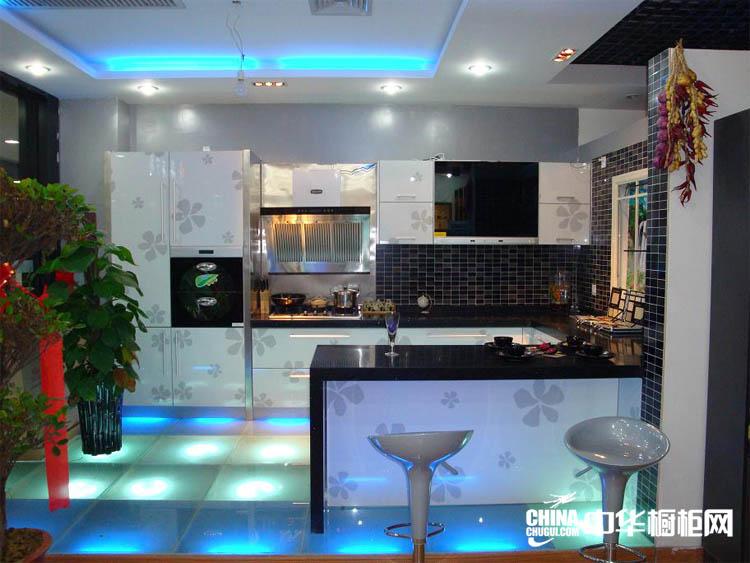 黑色典雅开放式厨房效果图 金色巴黎整体橱柜效果图片