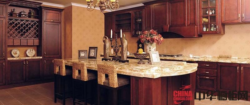 古典风格厨房装修效果图大全2012图片 华为卡兰多实木橱柜图片