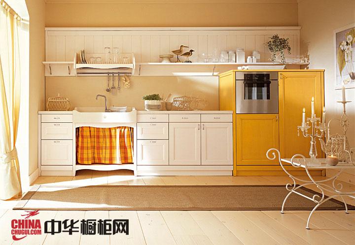 一字型小厨房装修效果图片 白色实木质地欧式橱柜图片