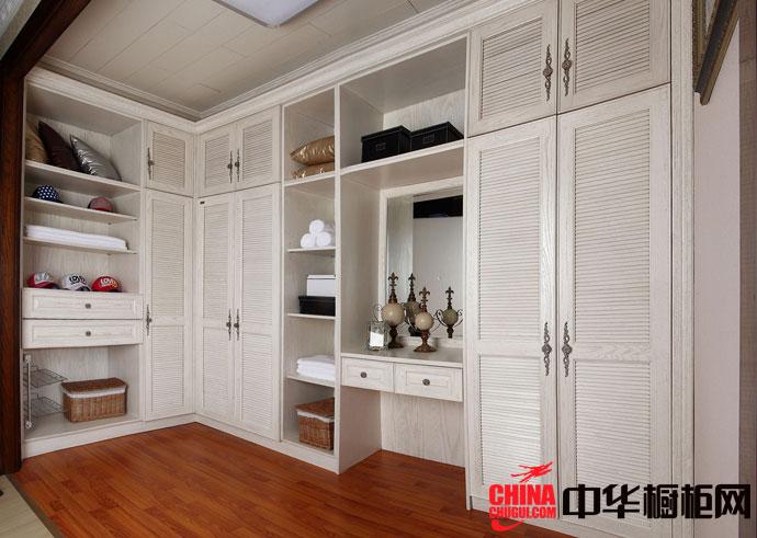 白色实木衣柜设计图 欧式风格卧室衣柜装修效果图