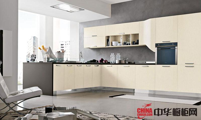 米白色烤漆橱柜图片 简约风格整体橱柜效果图展示