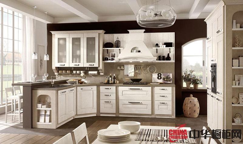 实木欧式橱柜图片纯白高雅 l型厨房装修效果图欣赏