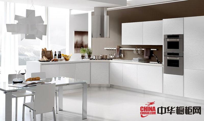 白色系开放式厨房装修效果图 现代风格L型整体橱柜图片欣赏:各式各样的橱柜图片、整体橱柜图片、厨房装修效果图、开放式厨房装修效果图、欧式橱柜效果图、厨房整体橱柜效果图、厨房橱柜图片,中华橱柜网... --> 白色系开放式厨房装修效果图 现代风格L型整体橱柜图片欣赏:各式各样的橱柜图片、整体橱柜图片、厨房装修效果图、开放式厨房装修效果图、欧式橱柜效果图、厨房整体橱柜效果图、厨房橱柜图片,中华橱柜网为您精彩呈现,希望对您的厨房橱柜装修设计、厨房布局、橱柜色彩上能提供一些灵感,丰富您的厨房生活。