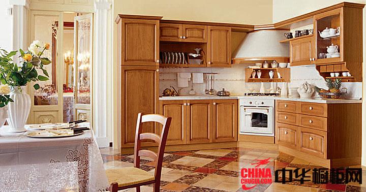 古朴的田园风格橱柜效果图 欧式实木橱柜图片欣赏