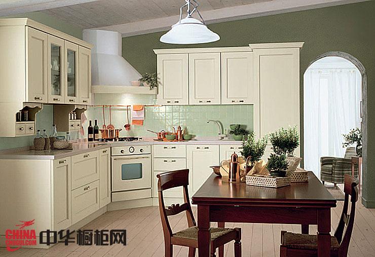 白色l型整体厨房装修效果图 欧式风格实木橱柜效果图
