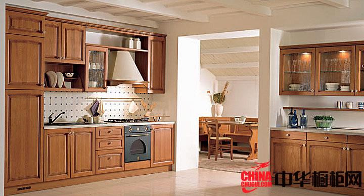 纯朴的实木整体橱柜效果图 古典风格一字型厨房效果图