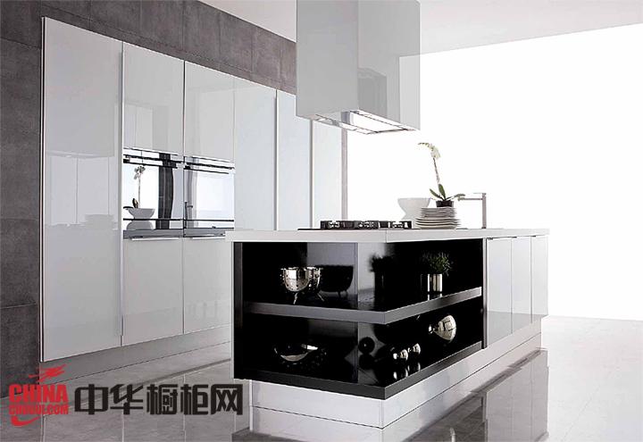 经典黑白橱柜装修效果图 打造炫酷冷艳厨房