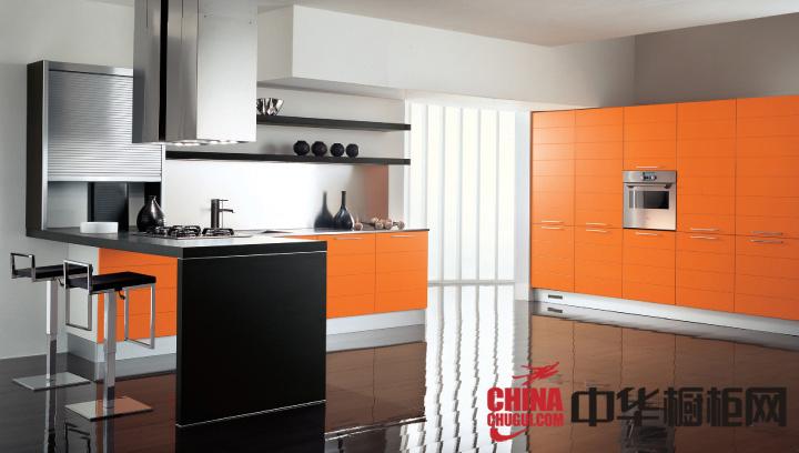 橙色烤漆整体橱柜设计图片 带给你的厨房亮蹭蹭的感觉