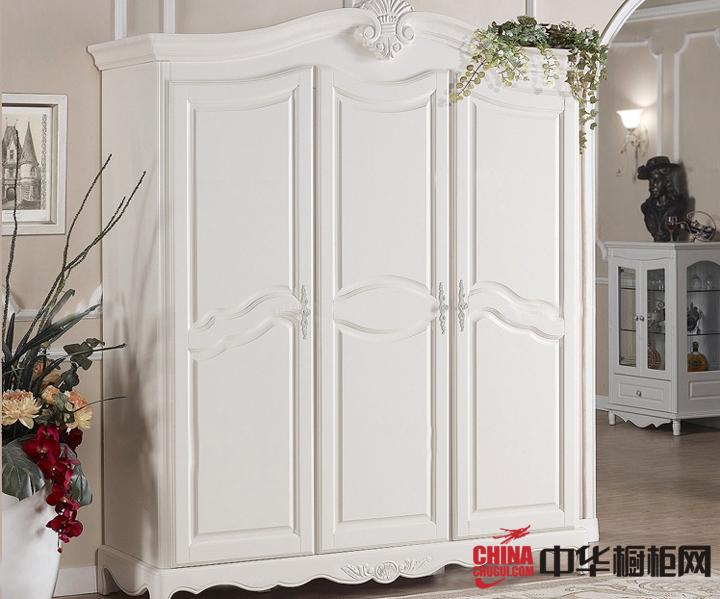 英式风格三门衣柜图片 为您的卧室增添一道温馨气息