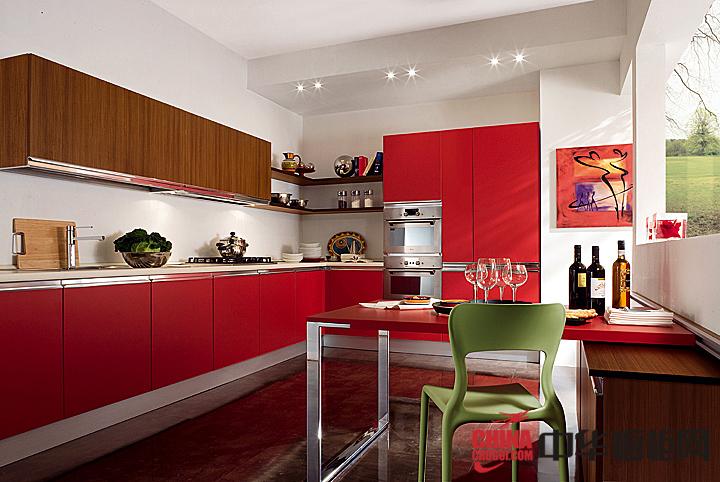 简约大气小户型装修效果图 给厨房增添一份活力