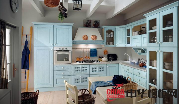 蓝色田园风格整体橱柜图片 让厨房散发鸟语花香