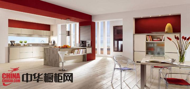 红色整体橱柜装修效果图 让你的厨房更时尚