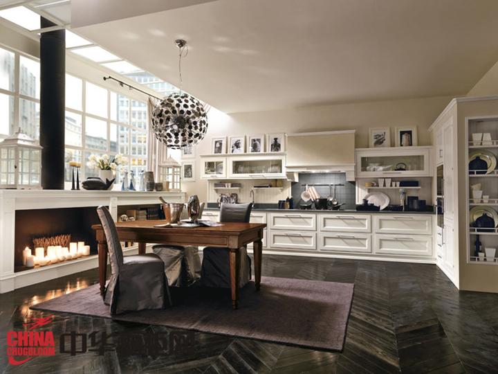欧式风格厨房装修效果图 经典与奢华的完美结合