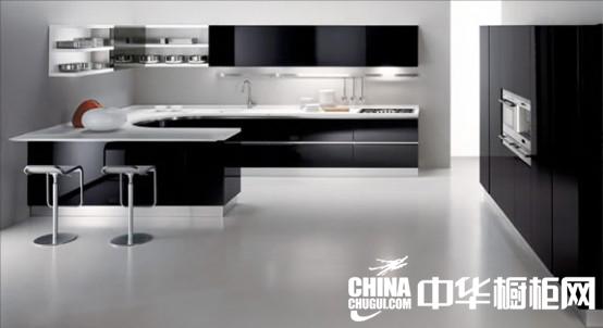 现代厨房装修 黑白色厨房设计效果图欣赏
