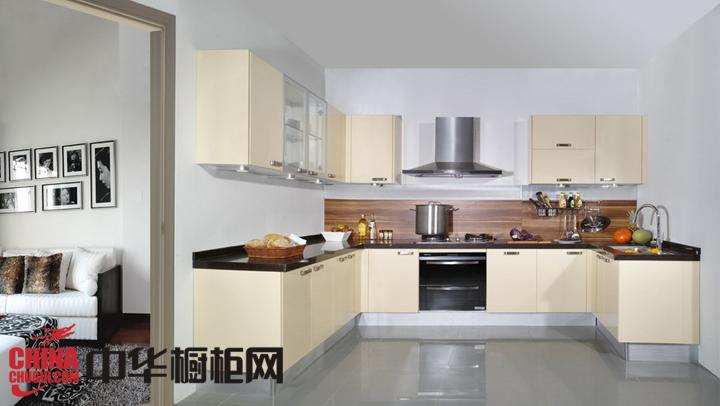 小户型厨房装修效果图 让你的厨房温柔而恬静