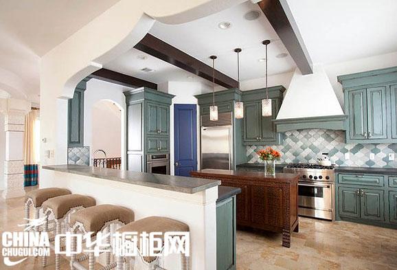 开放式厨房装修效果图 吧台让厨房更具休闲气息