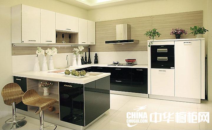 小户型厨房装修效果图 时尚黑白配