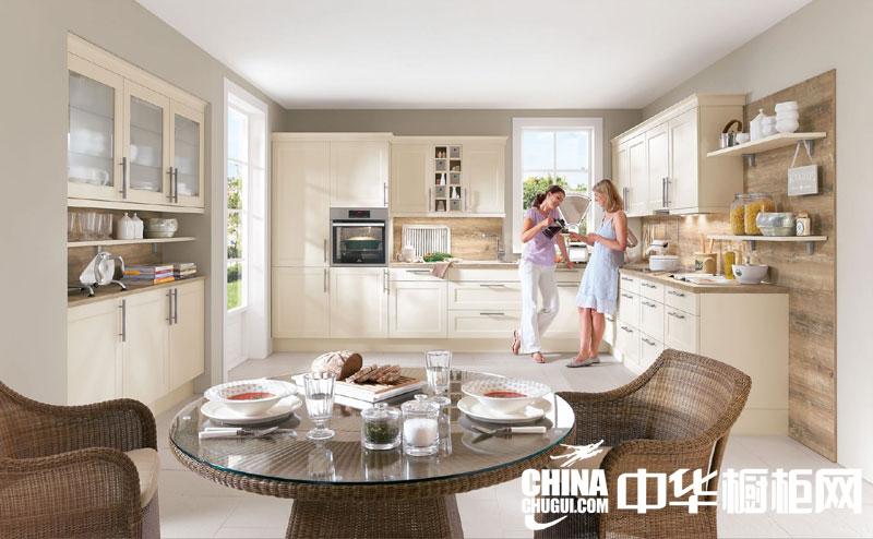时尚田园风格整体橱柜图片 打造明媚的阳光厨房