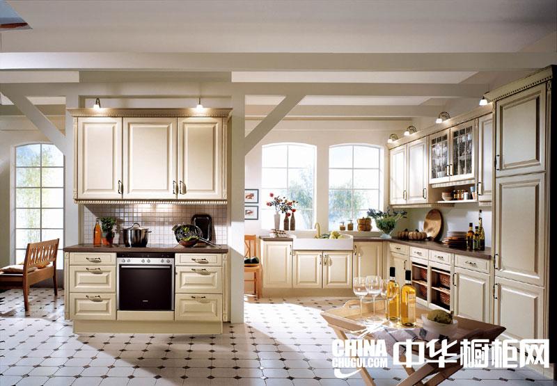 田园风格整体橱柜图片 打造一个优雅、温馨的厨房