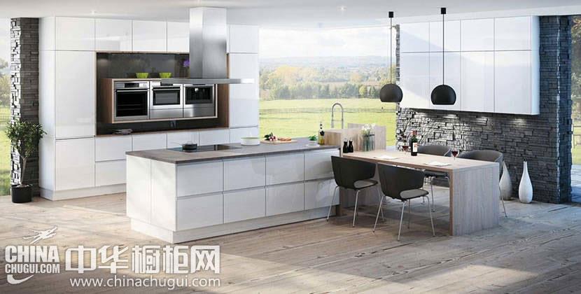 白色烤漆整体橱柜效果图 让厨房明亮简洁