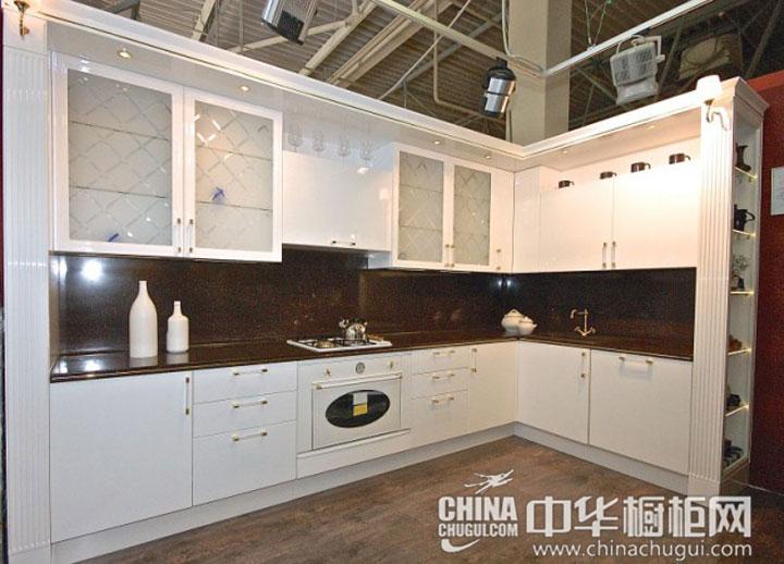 现代简约风格橱柜 白色橱柜清新你的厨房