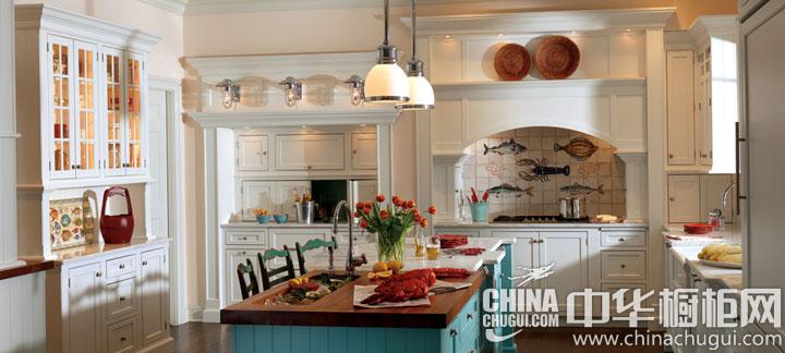 白色田园风格整体橱柜图片 感受室内自然风情