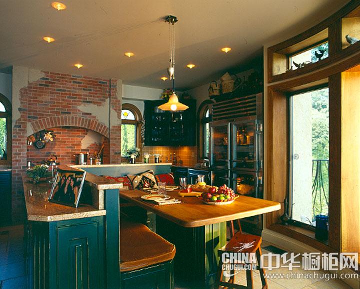 复古风潮来袭 开放式厨房装修效果图