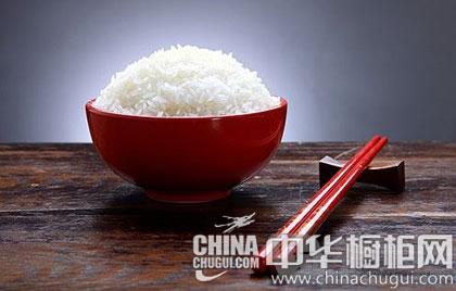 中国传统的餐桌礼仪 做知礼俗的华夏儿女