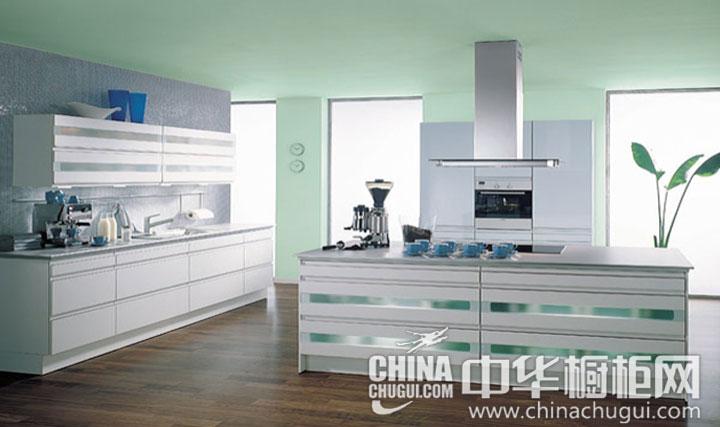 高贵冷艳的橱柜设计 不锈钢橱柜图片