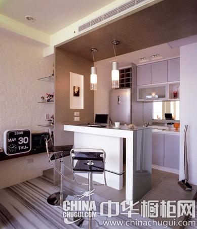 大厨房vs小厨房 带吧台的橱柜设计图片