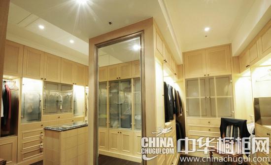 新古典欧式橱柜 别墅厨房设计案例
