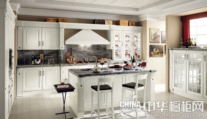 清新淡雅的白色 欧式风格橱柜图片