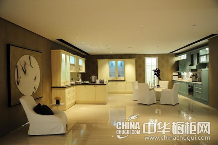 含蓄的厨房空间 开放式厨房装修效果图: