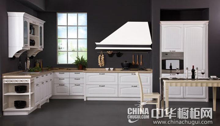 奶油色的门板 简欧风格橱柜图片