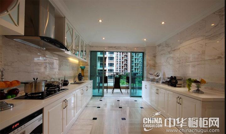 大户型厨房装修效果图 凸显精致和细腻