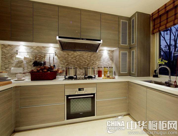 纯朴的木色风情 厨房装修效果图