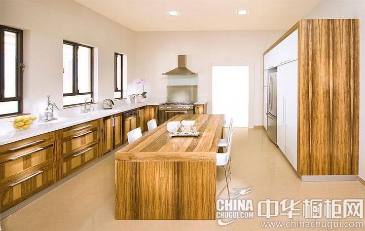 木质橱柜效果图 温暖质朴感油然而生