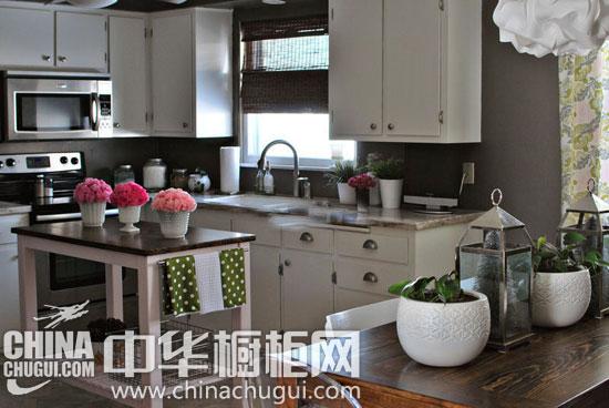 橱柜开放式岛台 让你的厨房生活更便利