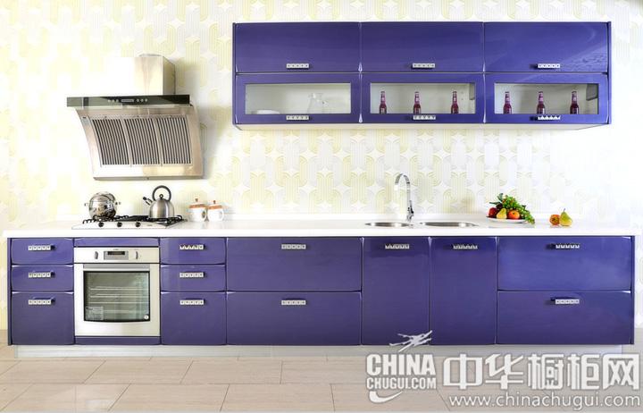 让厨房蒙上浪漫色彩 简约风格整体橱柜图片