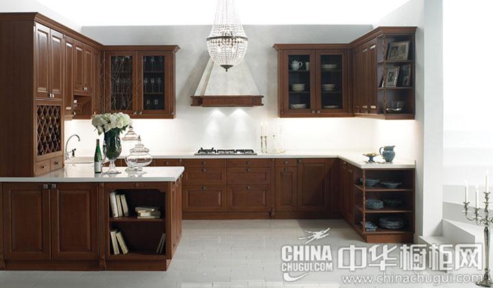 木材坚实考究 实木古典风格橱柜效果图