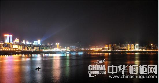 热烈祝贺香港佰怡家定制橱柜强势进驻重庆万州