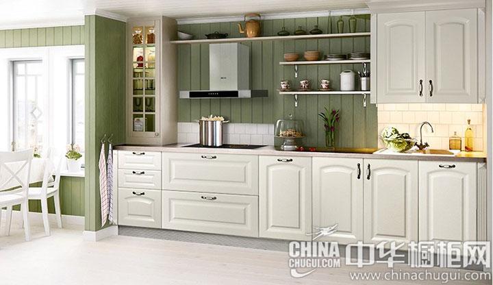 田园风格橱柜图片 门板线条柔美雅致:橱柜柔雅的门板线条,显得格外的别致,纯白色的造型,古典的风格,散发出令人陶瓷的古典之美。优选吸塑板材质的材料,经过多道工序精心制造而成,环保健康,品质优... --> 田园风格橱柜图片 门板线条柔美雅致:橱柜柔雅的门板线条,显得格外的别致,纯白色的造型,古典的风格,散发出令人陶瓷的古典之美。