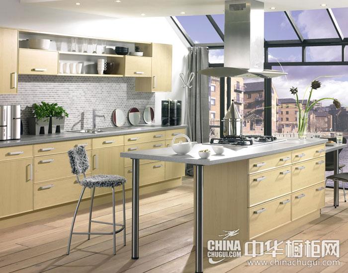 现代简约橱柜效果图 开阔温暖厨房空间