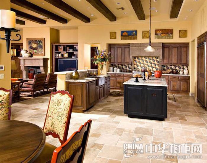 古典开放式厨房装修效果图 异域风情的地中海风格别墅