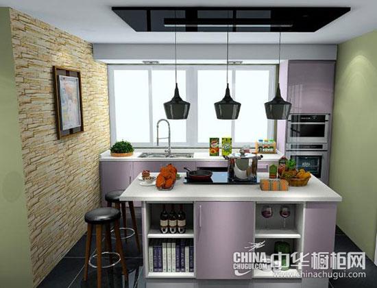 厨房里的电器多,厨房的电路改造也是装修的重点.