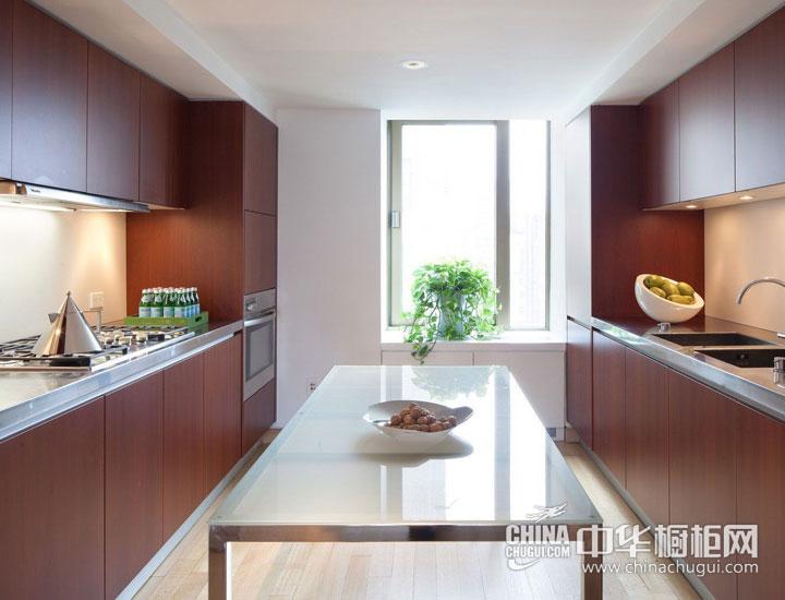 厨房空间巧规划 现代简约橱柜效果图