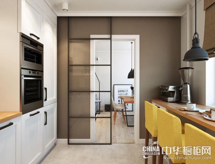 打造温馨厨房早餐区 现代简约整体橱柜图片