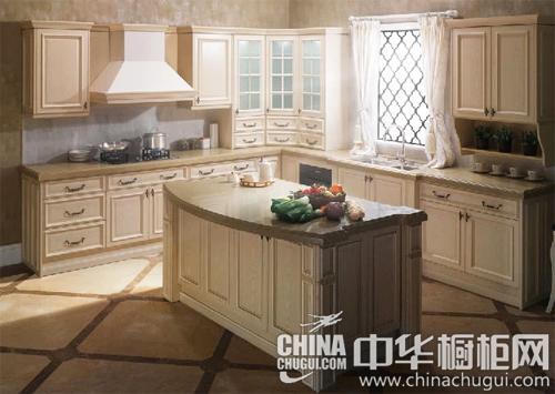 产品名称:台伯河 柜体材质:实木 橱柜类型:中岛型 >>欧式风格橱柜