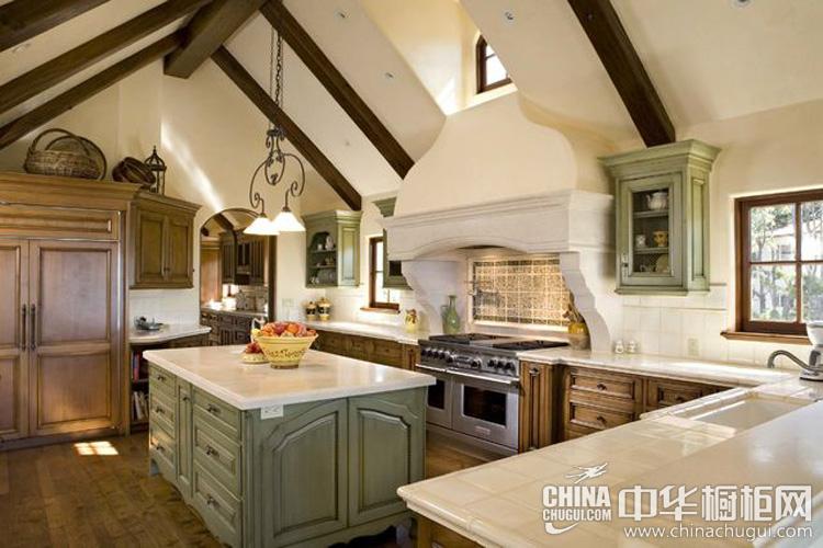 欧式风格厨房装修效果图 复古淑女的时尚精巧