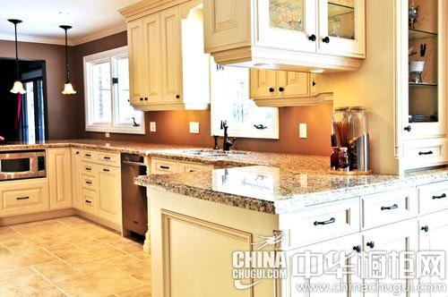 花岗岩橱柜台面实用美观 打造优雅时尚好厨房